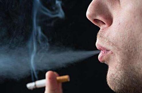 经常抽烟的人吃什么好?这10种食物可以帮助你清肺