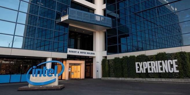 英特尔计划花200亿美元新建芯片厂,重新夺回制造业领先地位